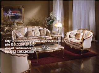 sofa klasik jepara Mebel klasik jepara sofa tamu klasik ukir sofa tamu klasik jati sofa tamu klasik modern sofa tamu klasik duco jepara mebel jati klasik jepara SFTM-33020 sofa tamu klasik furniture classic eropa
