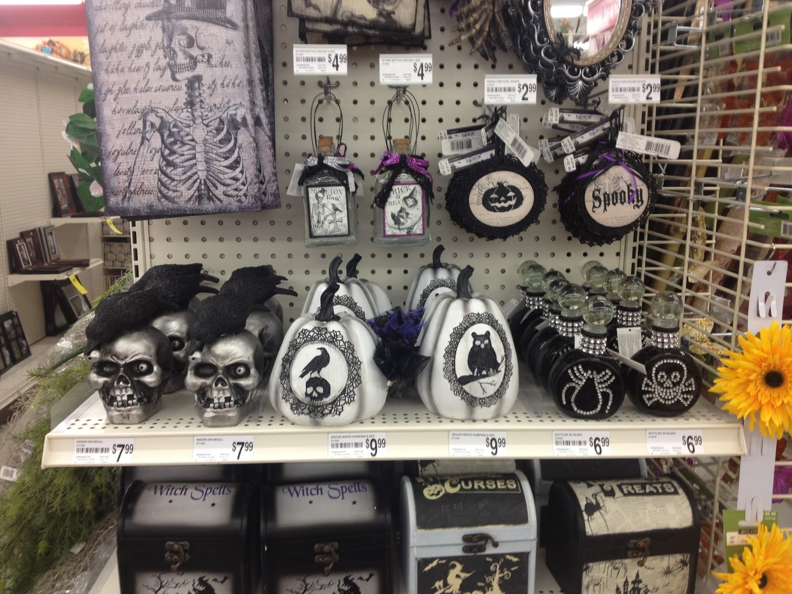 in my defense i dont think their halloween decor has even been half this cute or glittery - Michaels Halloween Decorations