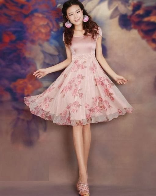 Vintage Rose Two-Tone Chiffon Midi Dress