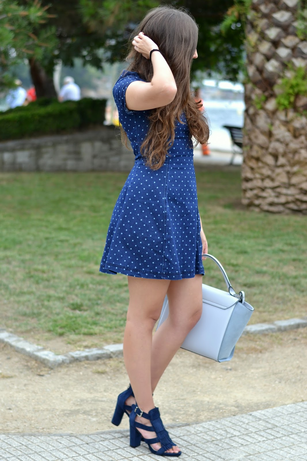 looks denim dress