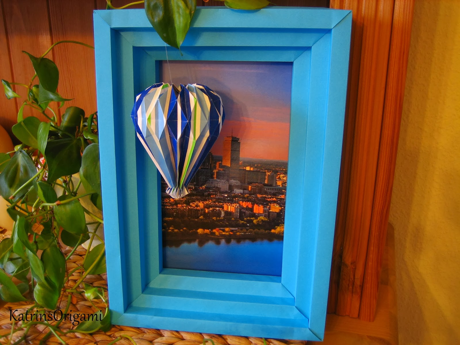 Origami die Kunst des Papierfaltens: Origami Shadowbox Frame ...