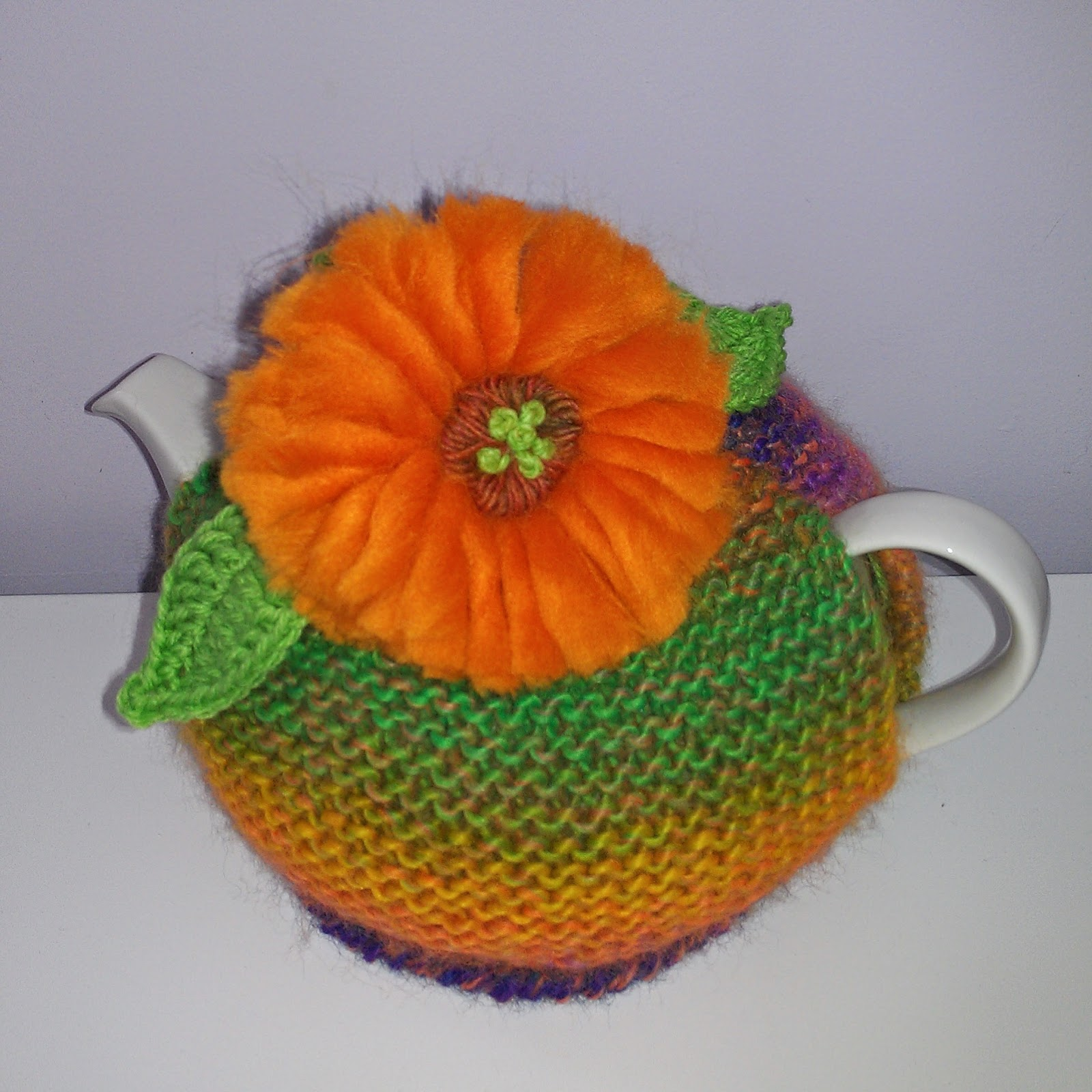 Craft A Cure For Cancer Free Tea Cosy Patterns Gerbera Tea Cosy