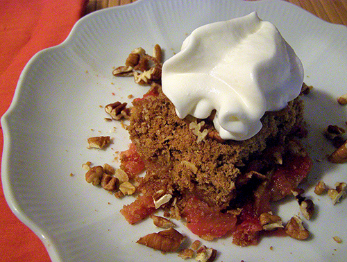 Gluten free Cranberry Apple Crisp with cream