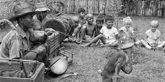 Asal usul dan sejarah topeng monyet