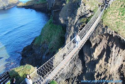 Carrick-a-rede puente colgante