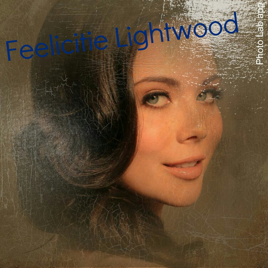 ~Feelicitie Lightwood~