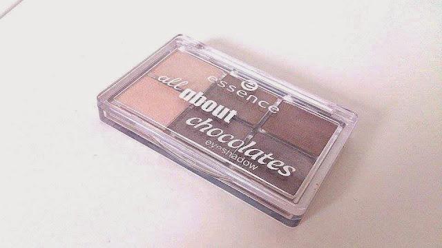 Essence - Paletka cieni 'All about chocolates'