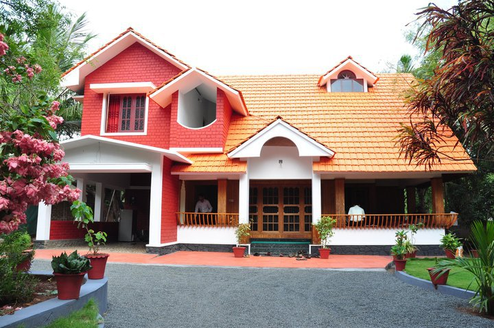 Ultra modern home designs home designs traditional house plans depicting olden times for Best indian home design pictures