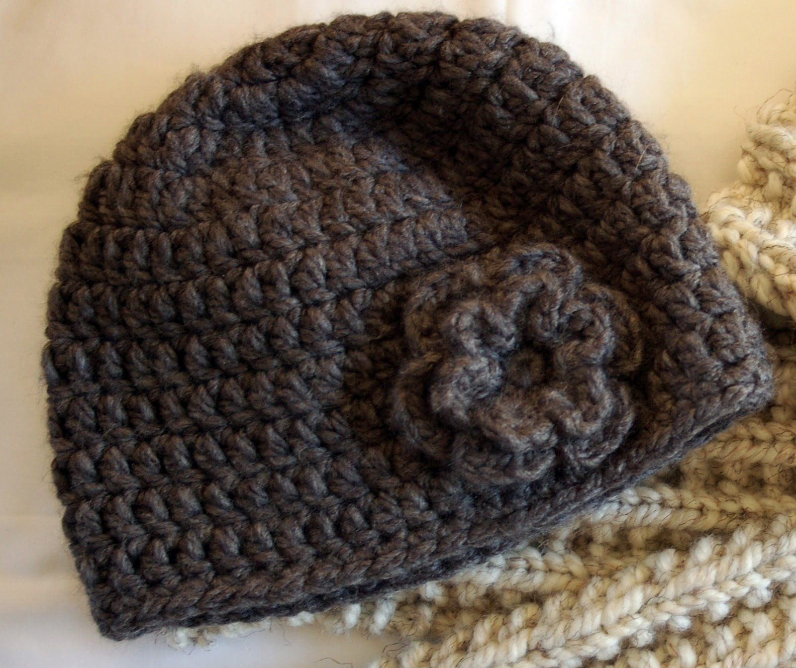 Easy Crochet Flower Patterns For Hats : Crocheting the Day Away: ::Tutorials and Free Patterns::