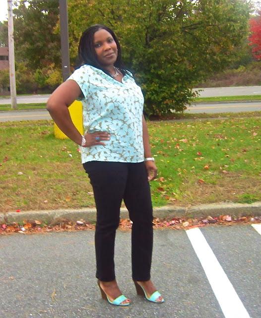 Black skinny jeans,, mint wedges