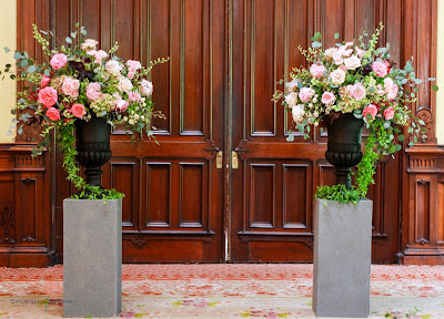 Saratoga Springs Wedding Flowers - Canfield Casino - Ceremony - Splendid Stems Floral Designs