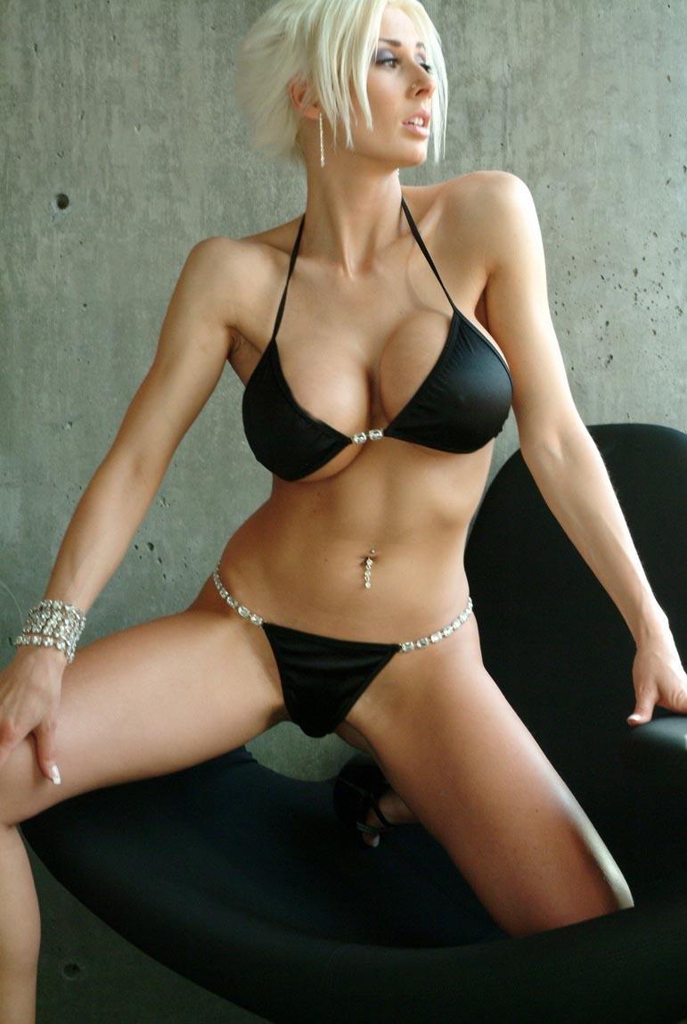 American actress elizabeth olsen nude from oldboy 2013 9