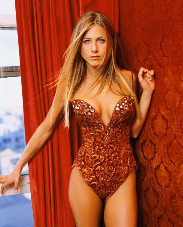 yenifer aniston desnuda: