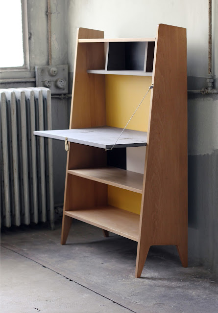 de derri re les fagots le secretaire bureau pliant 600 euros vendu. Black Bedroom Furniture Sets. Home Design Ideas