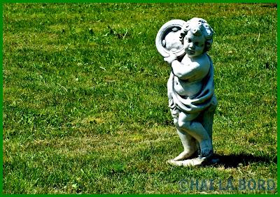 statuie copil parcul lumea copiilor bucuresti