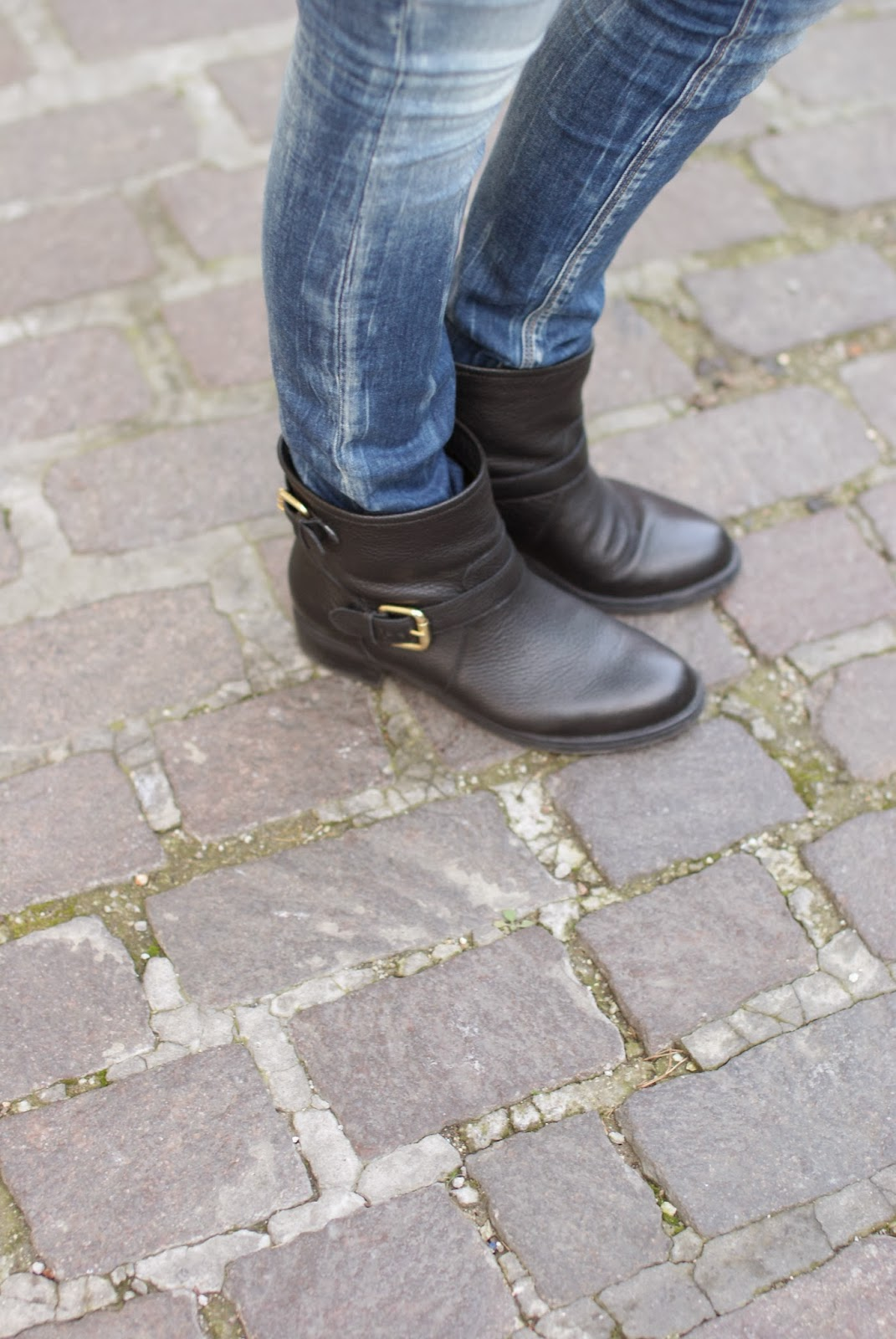 Replay jeans, Carmens Padova biker boots, Fashion and Cookies, fashion blogger