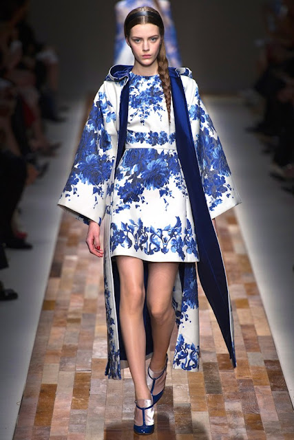 Valentino autumn winter 2013 2014 blue and white mini dress and coat