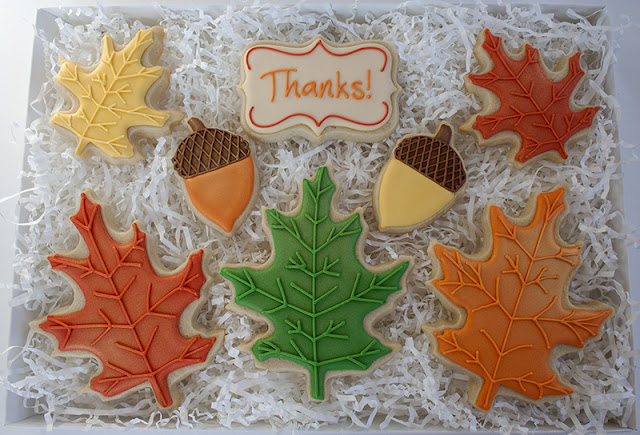 Leaves and acorn cookies