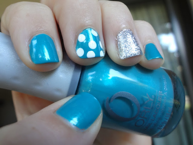 Turquoise, silver glitter, polka dots, nails