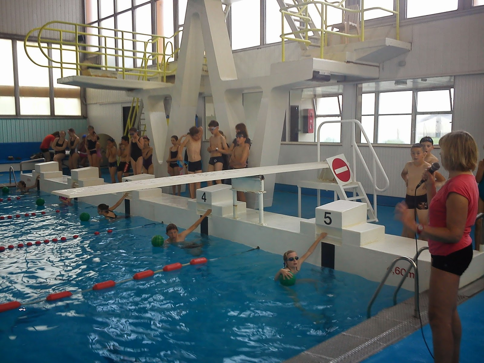 Bienvenue au college jean moulin natation rencontre for Piscine 6eme