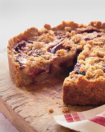 Tarts On Demand: Raspberry Plum Crumb Tart