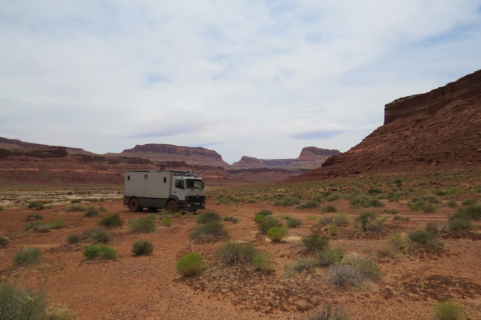 Jim the Mercedes 1823 overland motorhome parked on the edge of White Canyon near Lake Powell