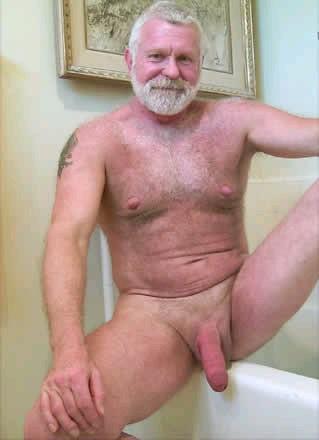 hombres maduros desnudos escort gay torremolinos