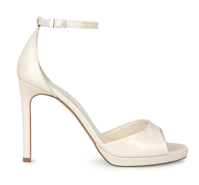 Rebajas SS 2015 complementos sandalia tacon piel blancas