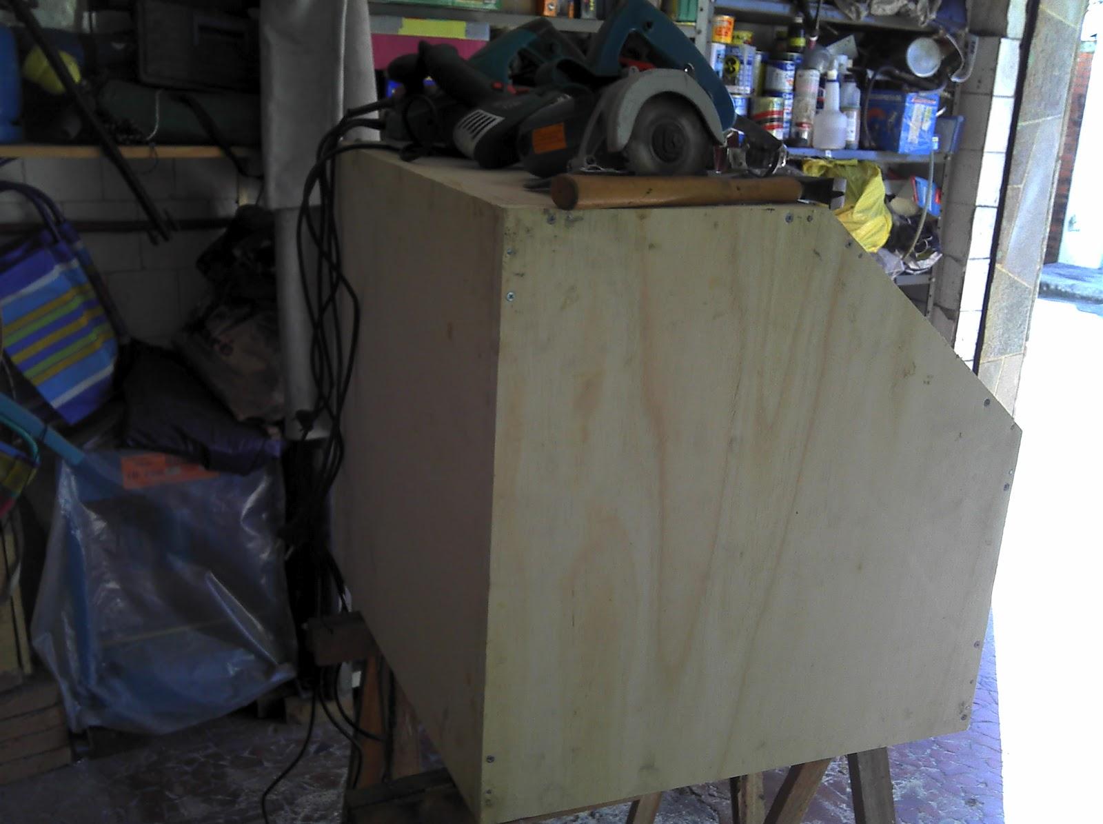 CABINE DE JATO DE AREIA CASEIRO SANDBLASTER HOME MADE ~ Porão do  #375E94 1600x1195