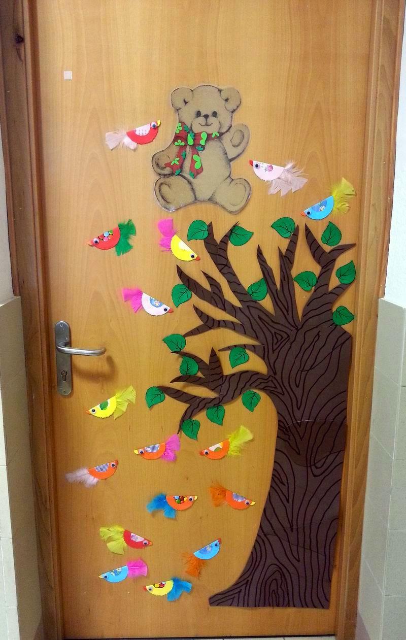 La colegiata educaci n infantil nava la llegada de la for Puertas decoradas educacion infantil