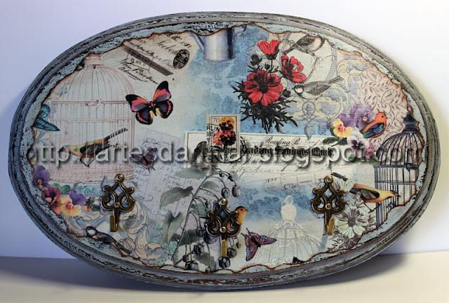 Chaveiro com decoupage e pátina provençal