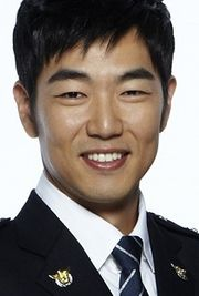 Biodata Lee Jong Hyuk pemeran Seo Byung Hoon