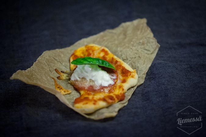 Minipizza pizza resepti ohje