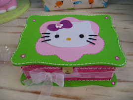 """Caixinha de Jóias """"Hello Kitty"""""""