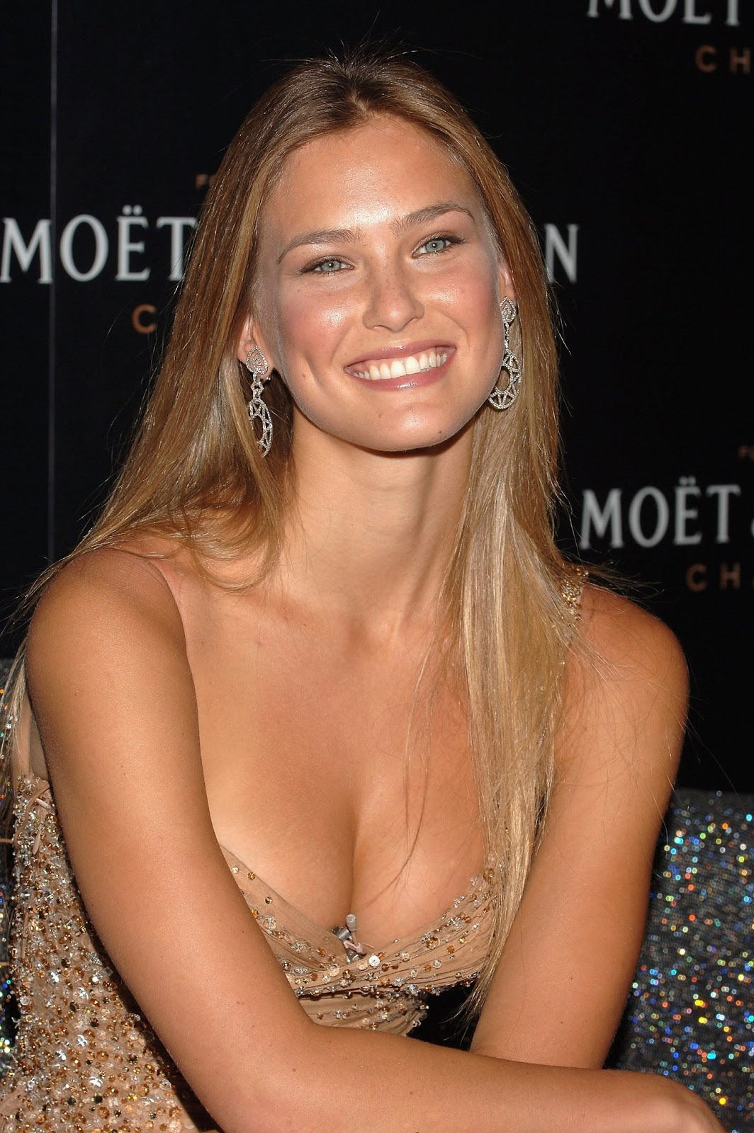 Redefining the Face Of Beauty : BEAUTIFUL GAL'S FROM ISRAEL! Bar Refaeli Dating