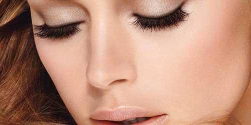 Como hacer que nadie sepa que vas maquillada for Como se maquillan los ojos ahumados
