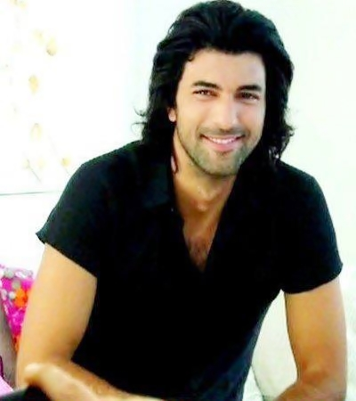 Engin Akyürek Diye Biri-Someone Named Engin Akyurek
