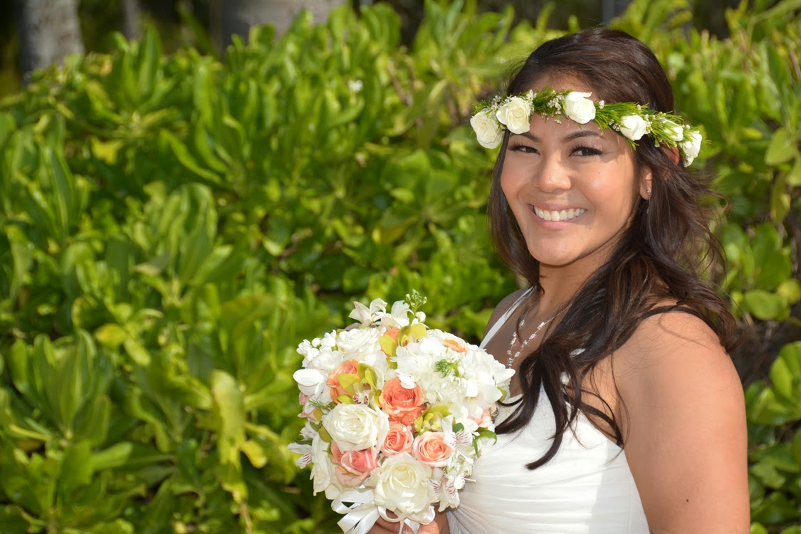 Pretty Hawaii Bride