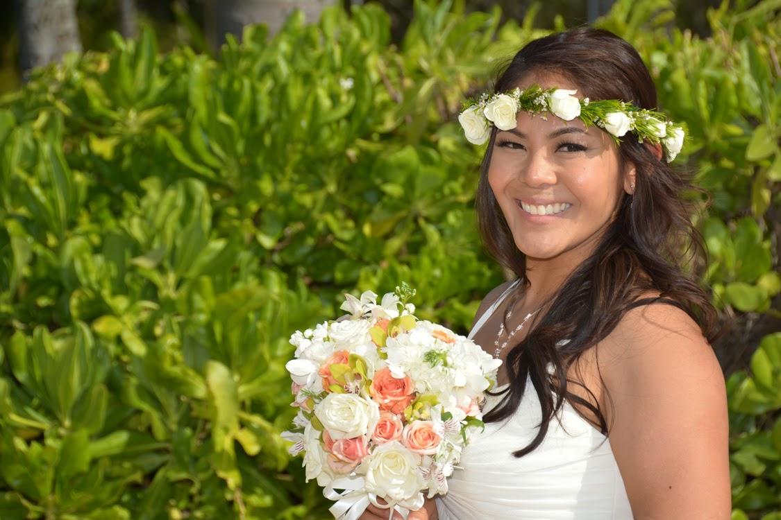 Pretty Hawaii Bride