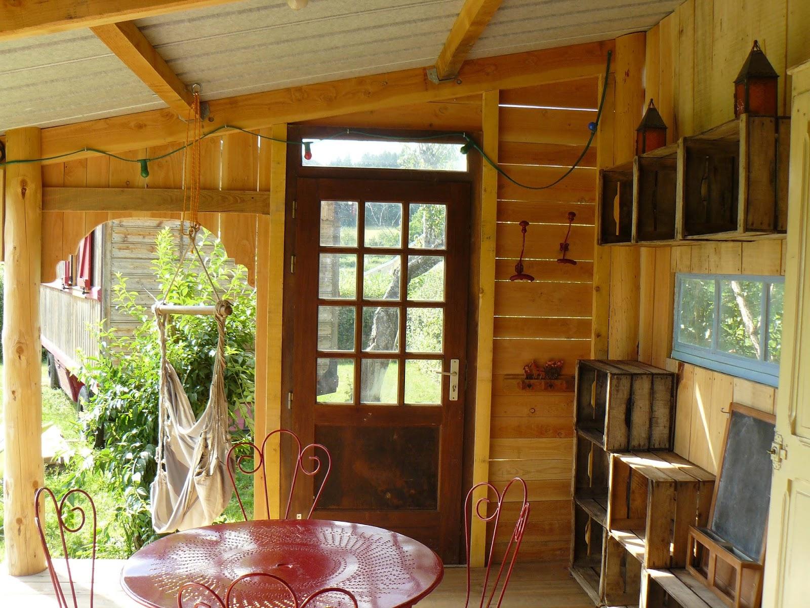 g te insolite roulotte de la fay bourgogne dompierre les ormes et pour votre confort. Black Bedroom Furniture Sets. Home Design Ideas