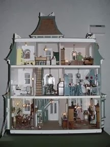 In my hummel opinion reasonably priced roomy dollhouses for Poppenhuis te koop