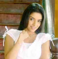 Asin_Thottumkal_Bollywood