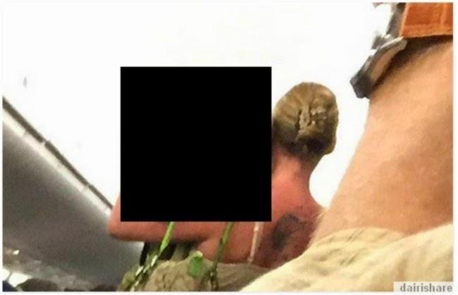 Wanita Ini Bawa Sesuatu Yang Mengejutkan Ke Dalam Pesawat 2 Gambar