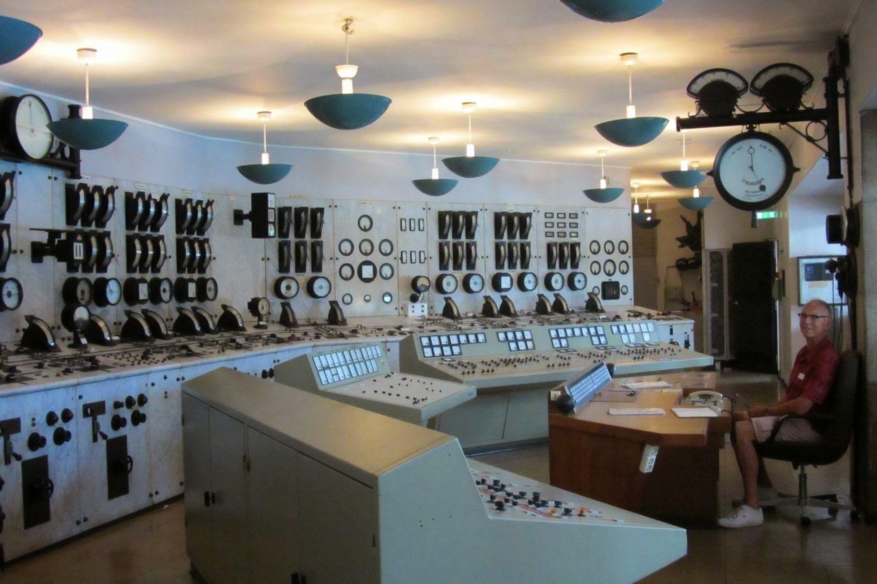 Noorwegen waterkrachtmuseum Tyssedal controlekamer