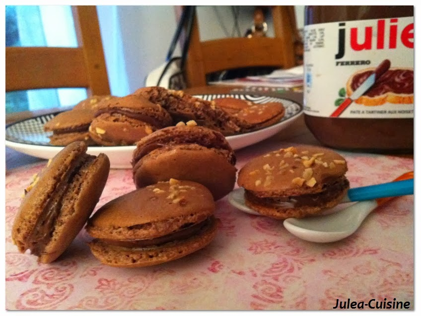 Creme Au Nutella And Macarons Recipe — Dishmaps