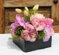 Dati clik pe imagine,vizitati-ne saitul www.florisdeco.ro!
