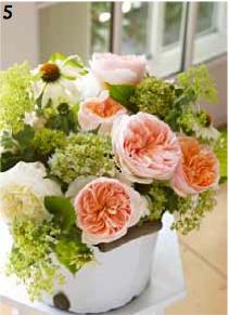 Hydrangea bouquet, daisy, roses, David Austin roses