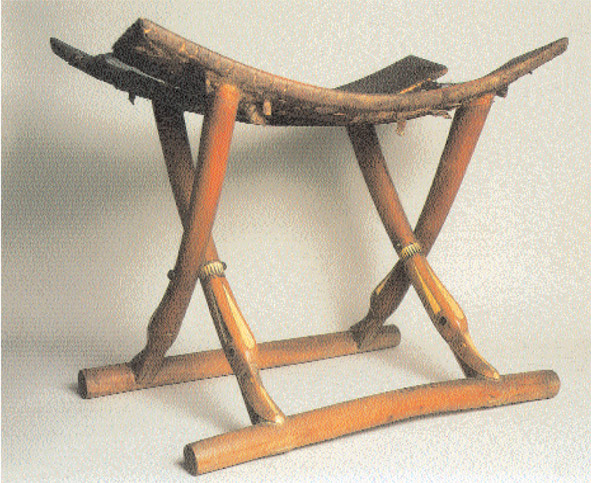 Egyptian-folding-stool-Tomb.jpg