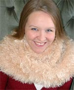 Knifty Knitter Magic Fun Fur Scarf