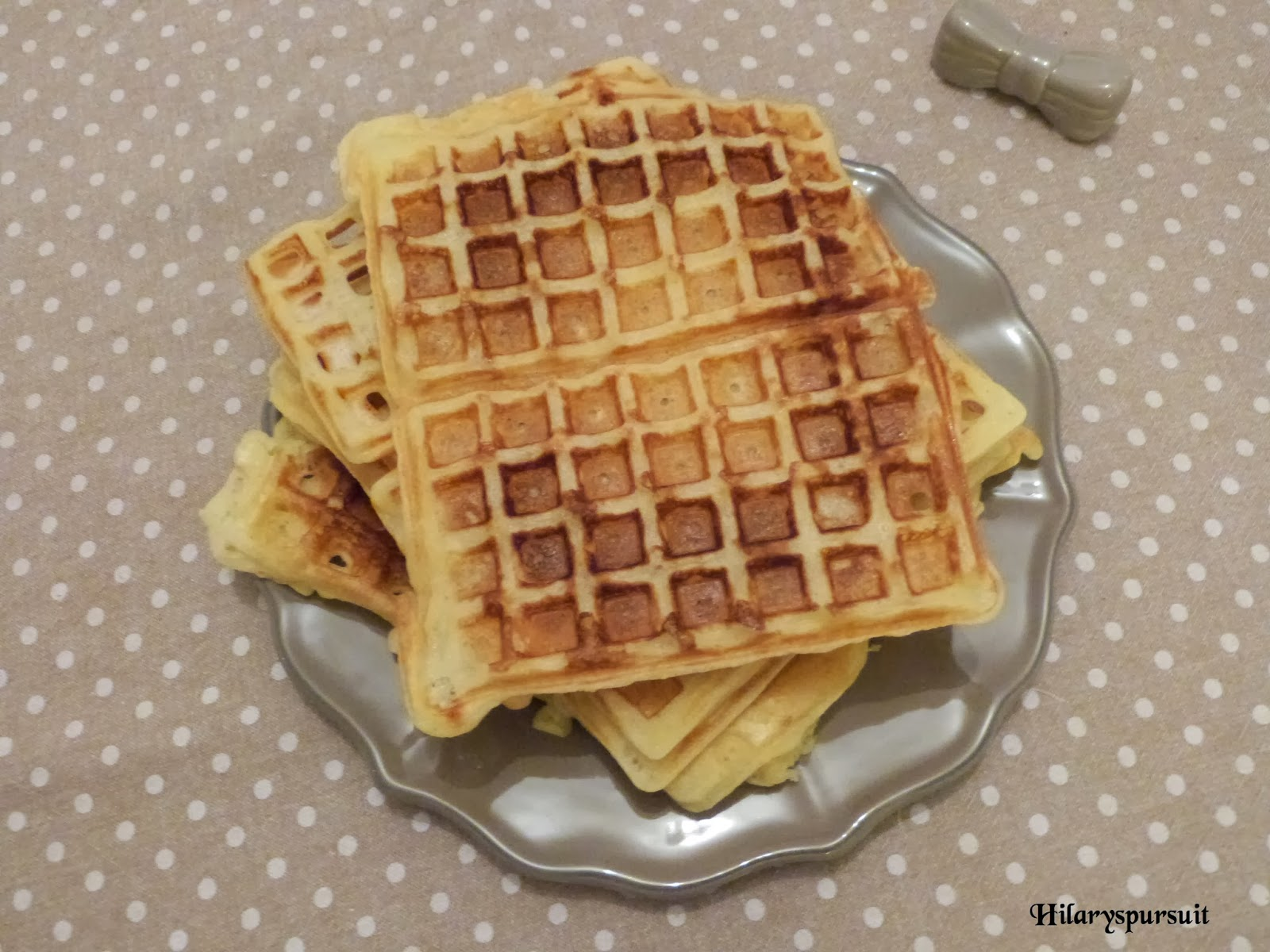 dans la cuisine d 39 hilary recette de gaufre de cyril. Black Bedroom Furniture Sets. Home Design Ideas
